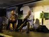 Abrissfest – Bluesmusiker Dieter Gasde und L.A.Exson vor den Mauerresten