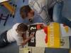 Vor der Eröffnung – aktuelle Protestplakate von Schülern der Pestalozzi-Förderschule entstehen