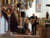 ... zum Friedensgebet in die Georgenkirche: Die Zeitzeugen Dieter Gasde und Hendrik Kleditz spielten Lieder aus der Zeit 1989/90, die sie schon damals bei Friedensgebeten aufführten.