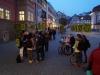 StadtKlangBild-Installation in Eisenach – kurz vor dem Start um 17 Uhr: Schüler des Elisabeth-Gymnasiums und Einradfahrer der Walldorfschule sammeln sich am Rathaus